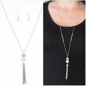THE ONLY SHOW IN TOWN PINK NECKLACE/EARRING SET